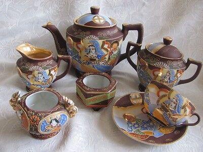 ANTIQUE JAPANESE SATSUMA MORIAGE PORCELAIN IMMORTALS 9 Piece TEA SET teapot cup