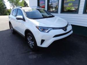 2017 Toyota RAV4 LE AWD w/ only 4998kms! Only $228 bi-weekly!