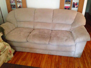 Grey couch - VERY COMFY