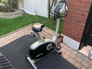 bicycle stationnaire / Stationary bike