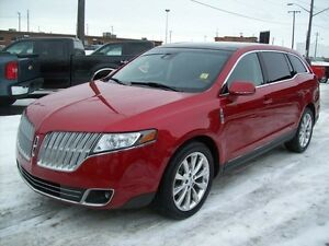 2010 Lincoln MKT AWD-7PASS-LEATHER-PANOROOF-NAVI Edmonton Edmonton Area image 2