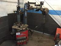 Machine de montage pour pneus