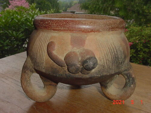 ANCIENT PRECOLUMBIAN POTTERY TRIPOD BOWL WITH APPLIED MONKEY DESIGNS COSTA RICA