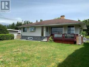 3580 JOYCE AVE Powell River, British Columbia