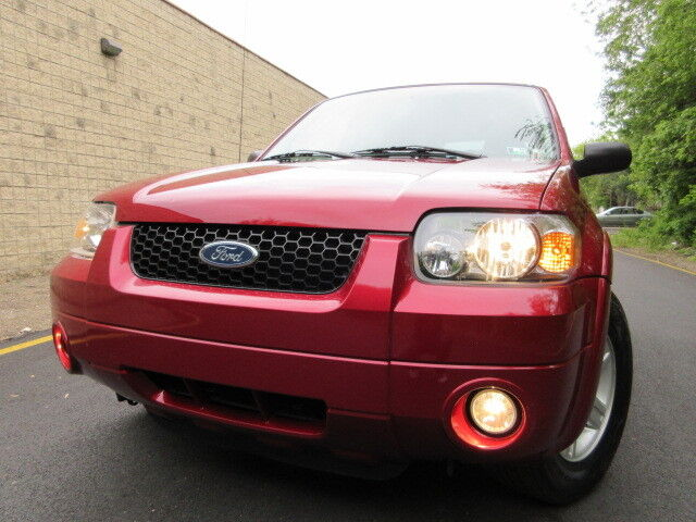 Image 1 of Ford: Escape 4WD 4dr…