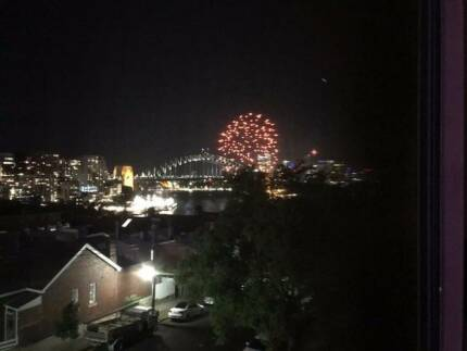 Summer rental- spectacular views of Harbour Br, Opera House