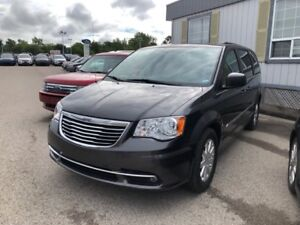 2015 Chrysler Town & Country Touring2015 TOWN & COUNTRY TOURING