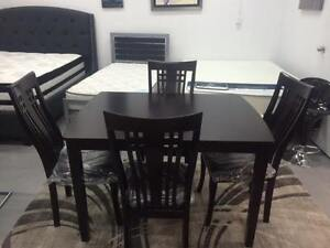 BRAND NEW WOODEN 5 PCS  DINING TABLE SET (TABLE & 4 CHAIRS)
