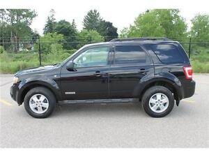 2008 Ford Escape *XLT* / V6 . 4WD . SUNROOF . POWER SEATS Kitchener / Waterloo Kitchener Area image 2