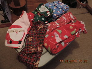 Size 3T Winter/Holiday PJ's & Sleepers/Onesies London Ontario image 1