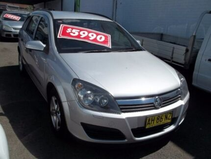 2005 Holden Astra AH MY06 CD Silver 5 Speed Manual Wagon