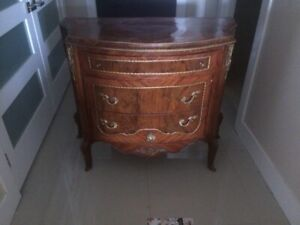 french commode chest