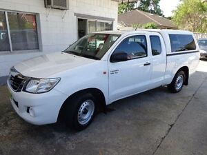 2015 Toyota Hilux GGN15R MY14 SR White 5 Speed Automatic Extracab Sylvania Sutherland Area Preview