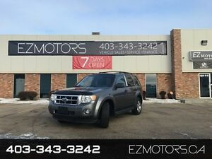 2009 Ford Escape 96k=LEATHER=AWD=SUNROOF=REMOTE!