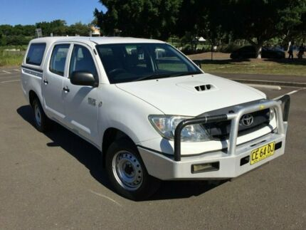 2011 Toyota Hilux KUN16R MY11 Upgrade SR White 5 Speed Manual Dual Cab Pick-up Homebush West Strathfield Area Preview