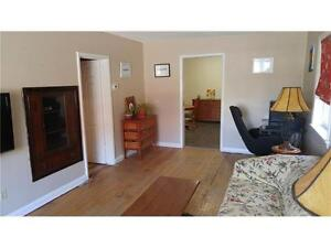 Great little 2+1 Bedroom Semi Detached Bungalow in West Galt Cambridge Kitchener Area image 3