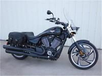 2015 Victory Vegas 8-Ball  - Low KM's with warranty