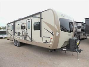2018 Rockwood Signature Ultra lite 8312BSS with bunk house