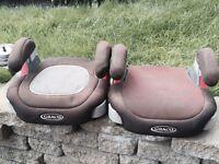 2 child car booster seats / Sièges d'appoint rehausseur