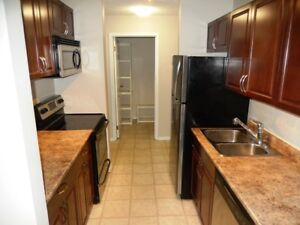 Wildwood - 3 Bedroom Condominium! Renovated unit!