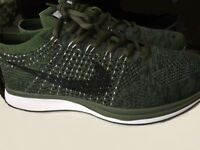 Nike Flyknit racer trainers running shoes green olive size 8.5 uk NEW