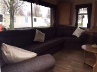 CHEAP IMMACULATE 2 BEDROOM CARAVAN WITH LOTS OF EXTRAS FOR SALE ESSEX