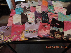Girl's Summer Clothing Size 18-24months - 4T