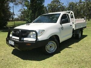 2011 Toyota Hilux KUN16R MY10 SR White 5 Speed Manual Cab Chassis Embleton Bayswater Area Preview