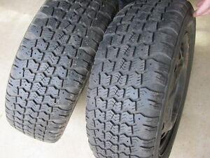 2 Aurora Winter Tires avec/with rims
