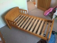 East Coast Country Toddler Bed - Antique Pine