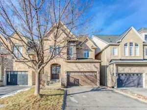 Spacious Family Home In Vaughan
