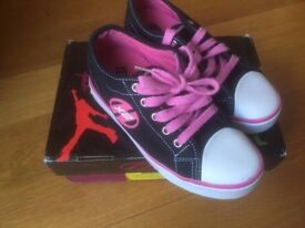 Heelys size UK 1, Eur 33 in box- excellent condition