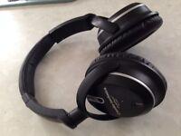 Audio-Technica ATH-ANC7 Noise-Cancelling Headphones + ZippedCase (£120 on Ebay)