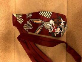 A Bugs Bunny tie