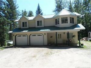 Family Home Enderby with 2.59 Acres