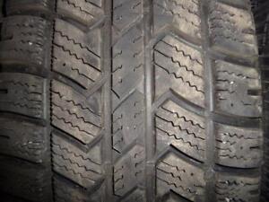 4 pneus d'hiver 245/65/17 Arctic Claw Winter XSI