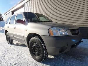 MAZDA TRIBUTE 2001 * 4 PNUES D'HIVERS COMME NEUF *