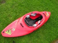 Kayak / canoe / play boat