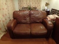 2 SEATER SOFA BROWN LEATHER/LEATHER effect settee suite