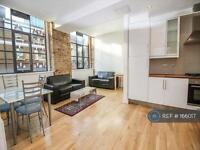 1 bedroom flat in Thrawl Street, London, E1 (1 bed)