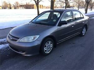 2004 HONDA CIVIC , AUTOMATIQUE , AIR CLIMATISE, 4 CYLINDRE 1.7 L