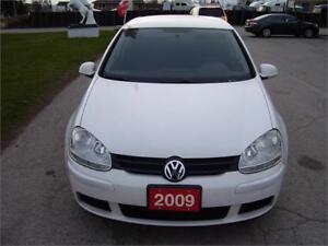 2009 Volkswagen Rabbit Trendline with alloy wheels.