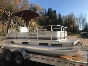 ***RARE 16X6 MINI PONTOON*** 4 STROKE ECONOMY PONTOON - MINT