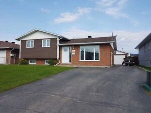 Beautiful Side Split home on Gatineau Blvd in Timmins!