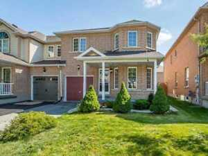 Amazing 4+2 Bedrooms End Unit Freehold Home. Don't Miss Out!