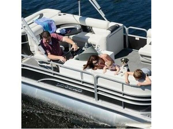 Used 2015 Legend Boats Enjoy Cruising