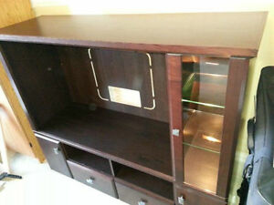 Amazing TV unit Oakville / Halton Region Toronto (GTA) image 4