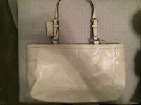 BRAND NEW WHITE LEATHER COACH PURSE