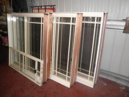 aluminium sliding windows primrose colour colonial style used