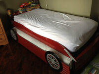 Kids double mattress sports bed (toddler -young boy)